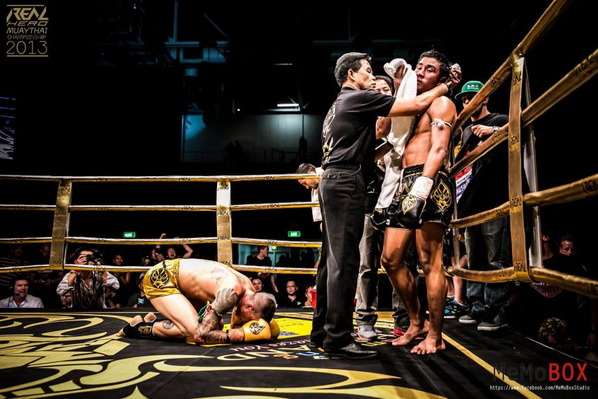 how to become a muay thai fighter